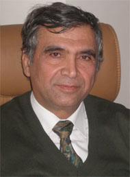 الدكتور حسن القواسمي